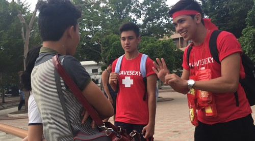WATCH: Youth join an amazing race to raise HIV awareness